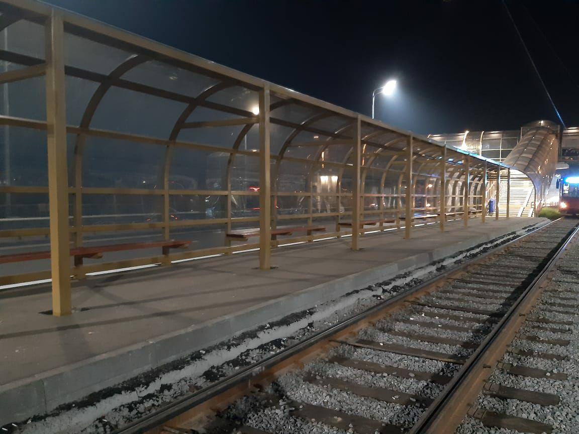 изготовление и монтаж остановочный павильон навес городского транспорта