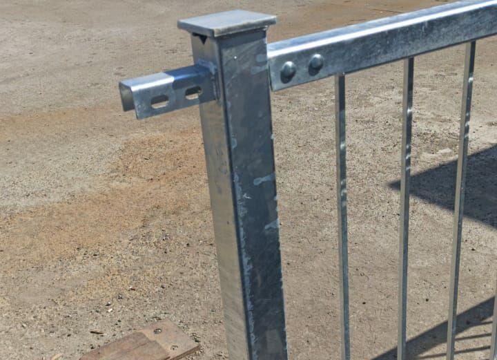 секция ограждения мостового на болтовом соединении оцинкованная узел крепления